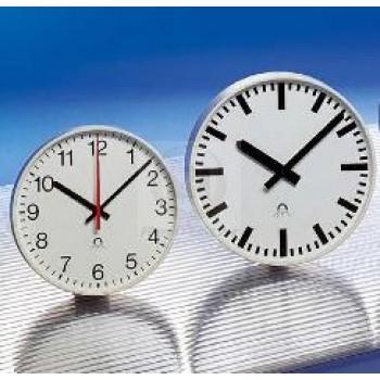 Стрелочные часы MOBATIME STANDARD