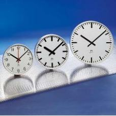 Стрелочные часы MOBATIME STANDARD-D